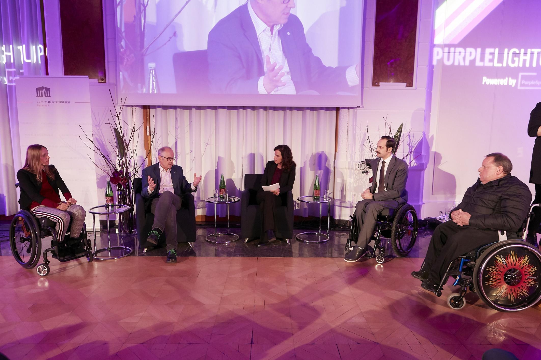 Purple Light Up Day! Auftaktveranstaltung zum Internationalen Tag der Menschen mit Behinderung in der Österreichischen Kontrollbank