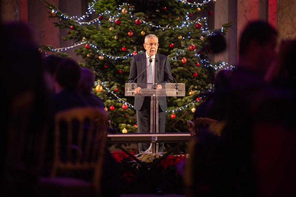 Weihnachtsfeier für und mit Menschen mit Behinderung, Foto: Präsidentschaftskanzleit