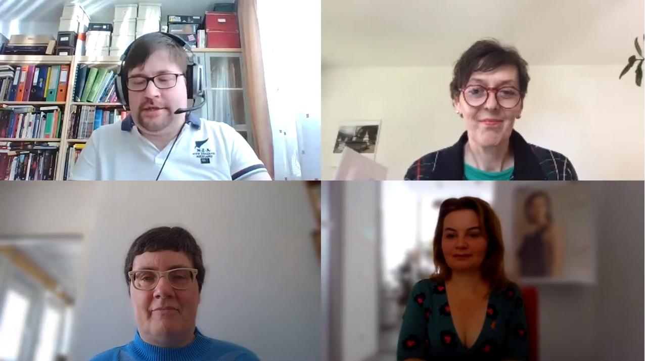 Dr. Gabriele Sprengseis vom Österreichischen Behindertenrat, Mag. Manuela Lanzinger und Mag. Kerstin Huber-Eibl von der MS-Gesellschaft Wien sprechen mit Udo Seelhofer .