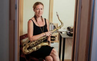 Swantje Lampert, Saxophonistin aus Wien. Fotocredit: ORF/Metafilm