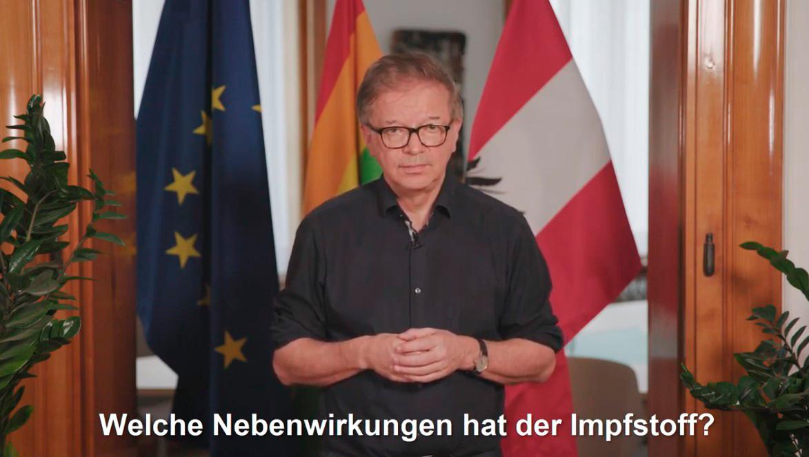 Screenshot: In einem Video beantwortetGesundheitsminister Rudi Anschoberdie wichtigsten Fragen zur Corona-Impfung für Menschen mit Behinderungen in leichter Sprache.